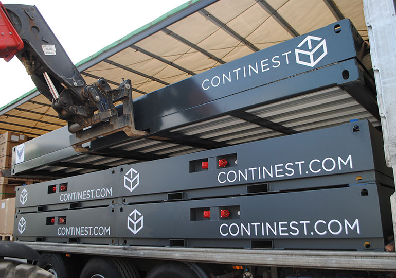 continest containers loading for transport